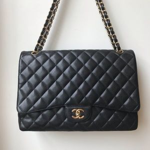 Chanel maxi classic single flap in caviar